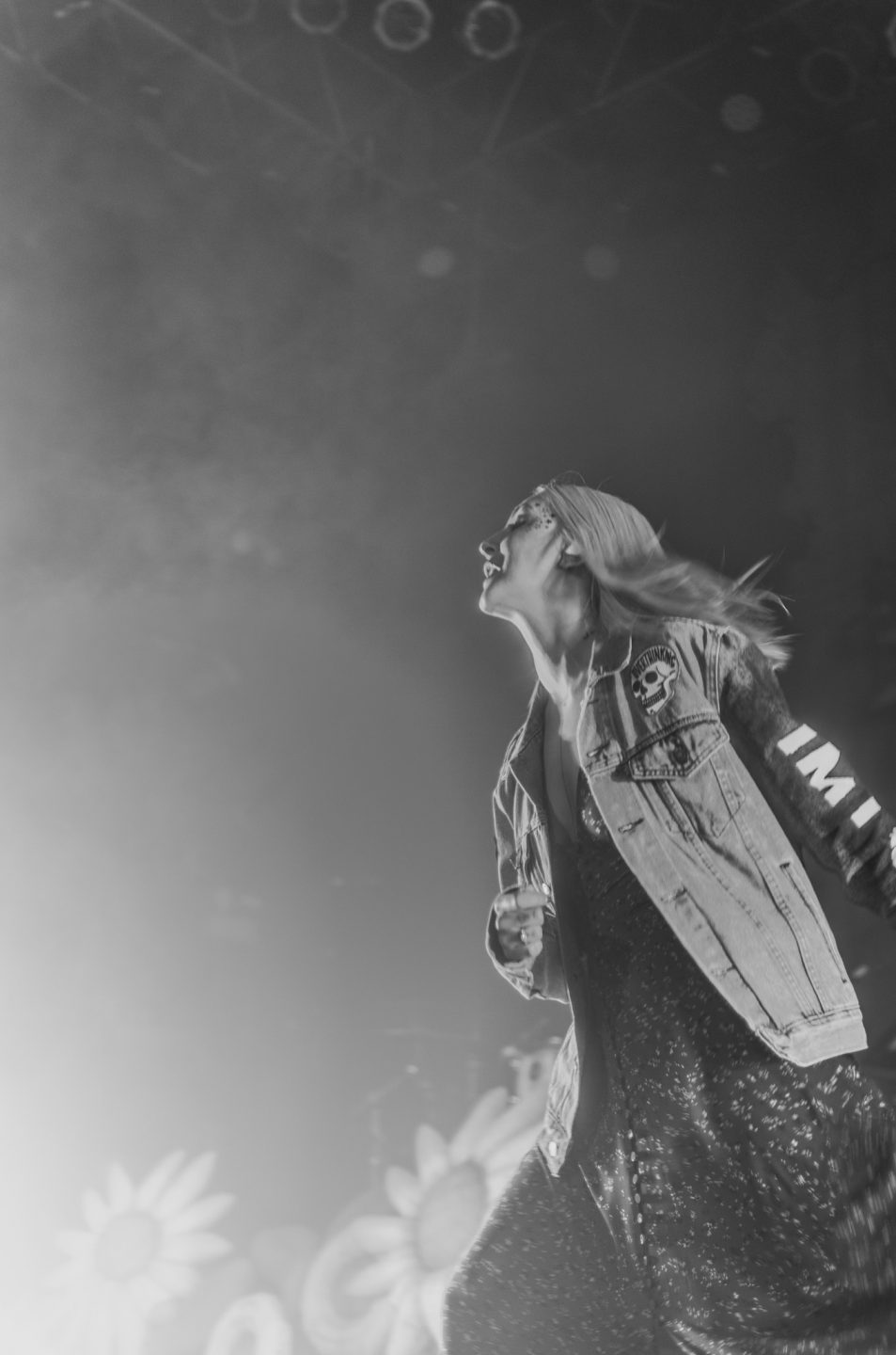 Julia Michaels at House of Blues Chicago by Kaelyn Dodd Photography