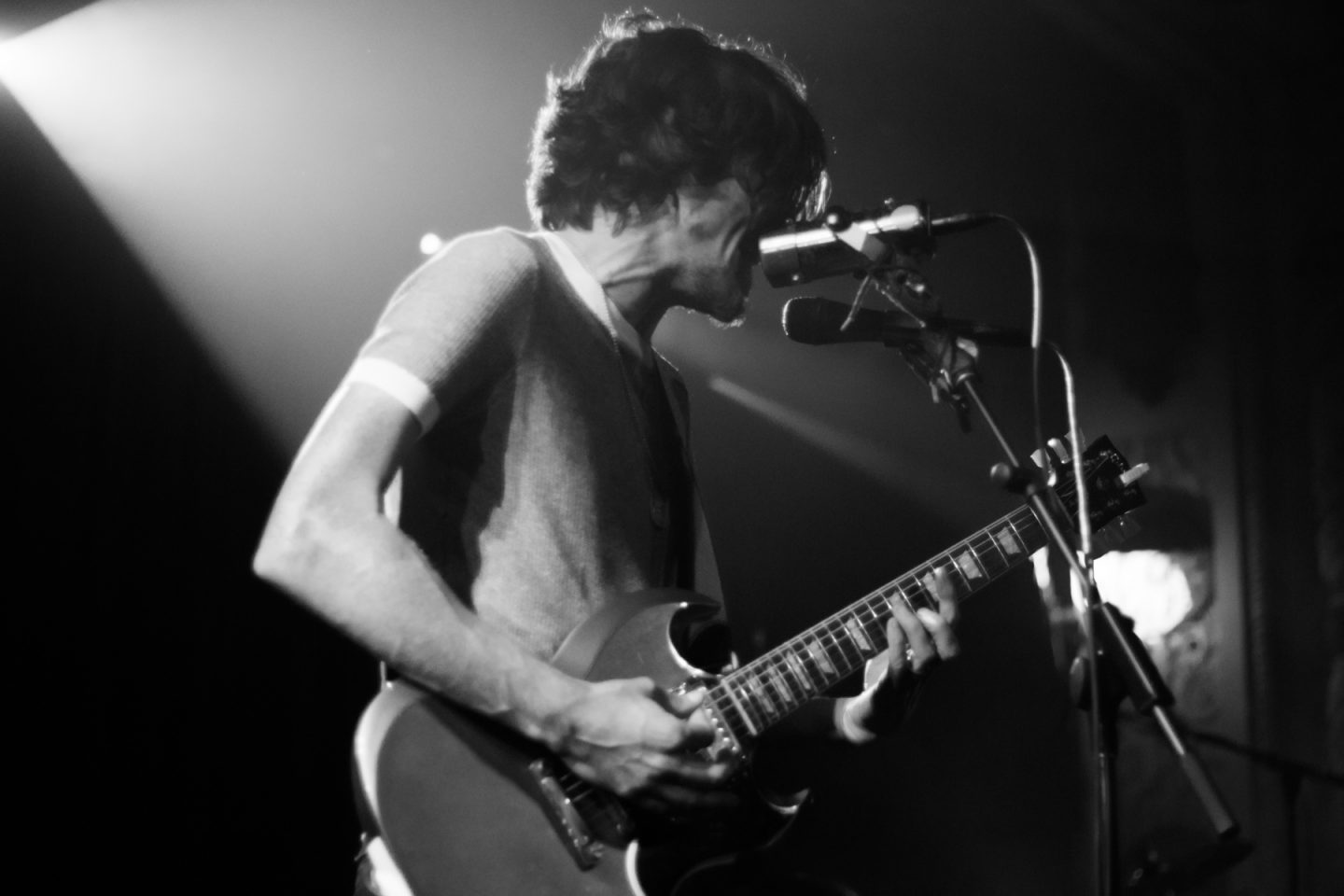 Black Pistol Fire at Metro by Dan Nicholas