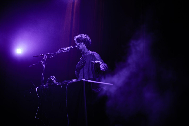 Cosmo Sheldrake at Lincoln Hall by Liina Raud Photography